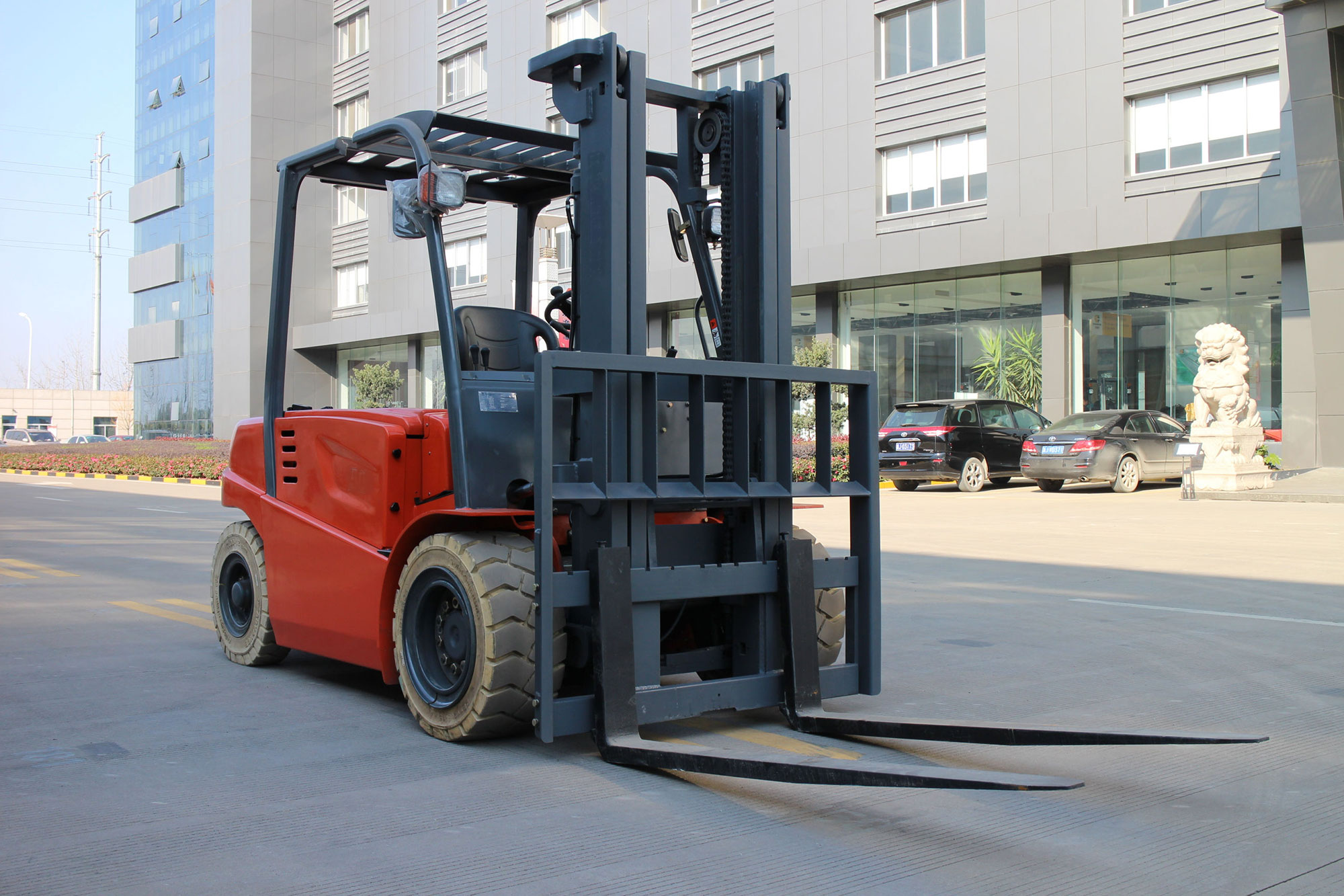 Forklift for San Diego Port Sustainability Freight Demonstration Project