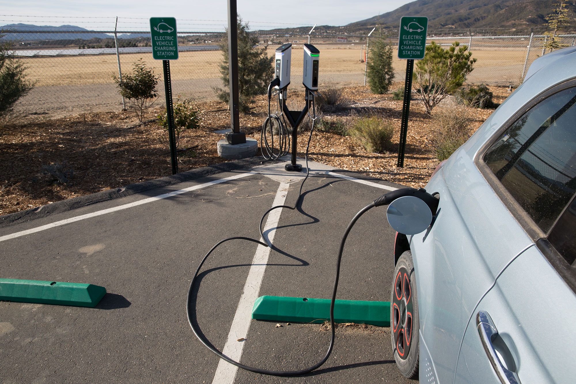State Treasurer's Electric Vehicle Charging Sta-on Financing Program, Anza Electric Coopera-ve